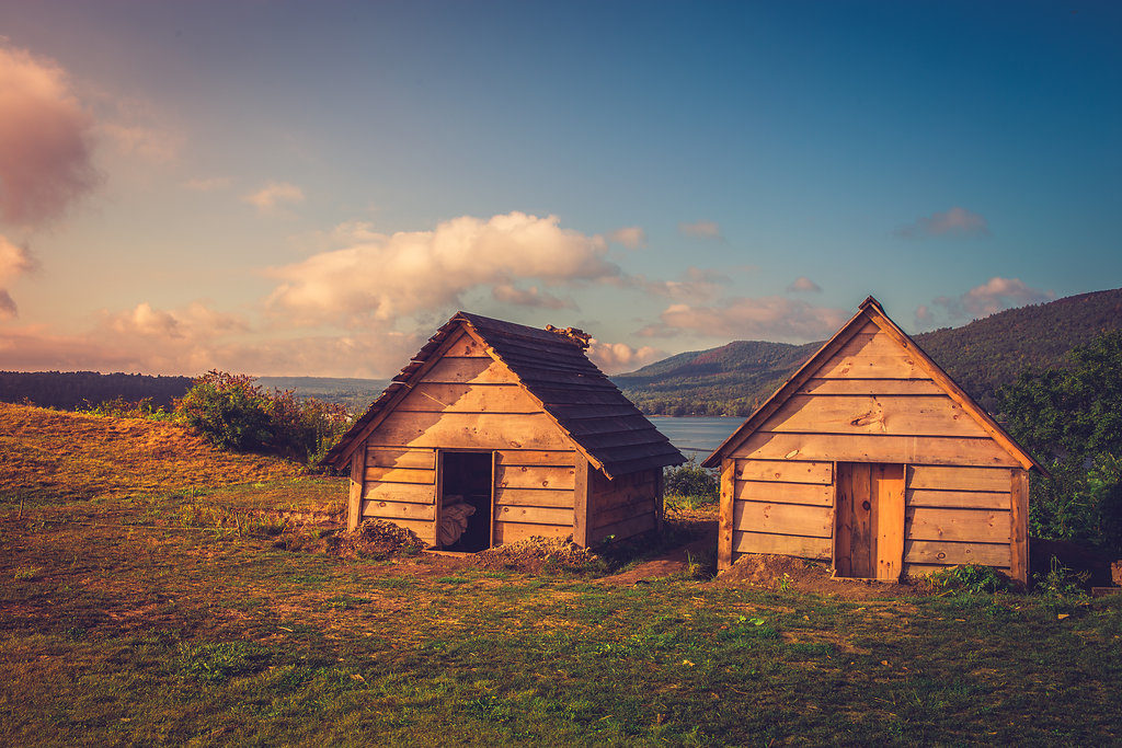 soldiers huts
