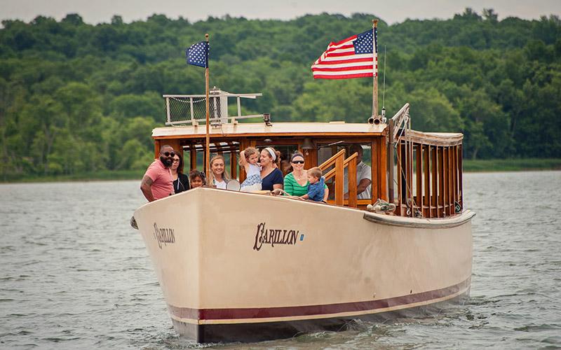 Carillon boat cruise