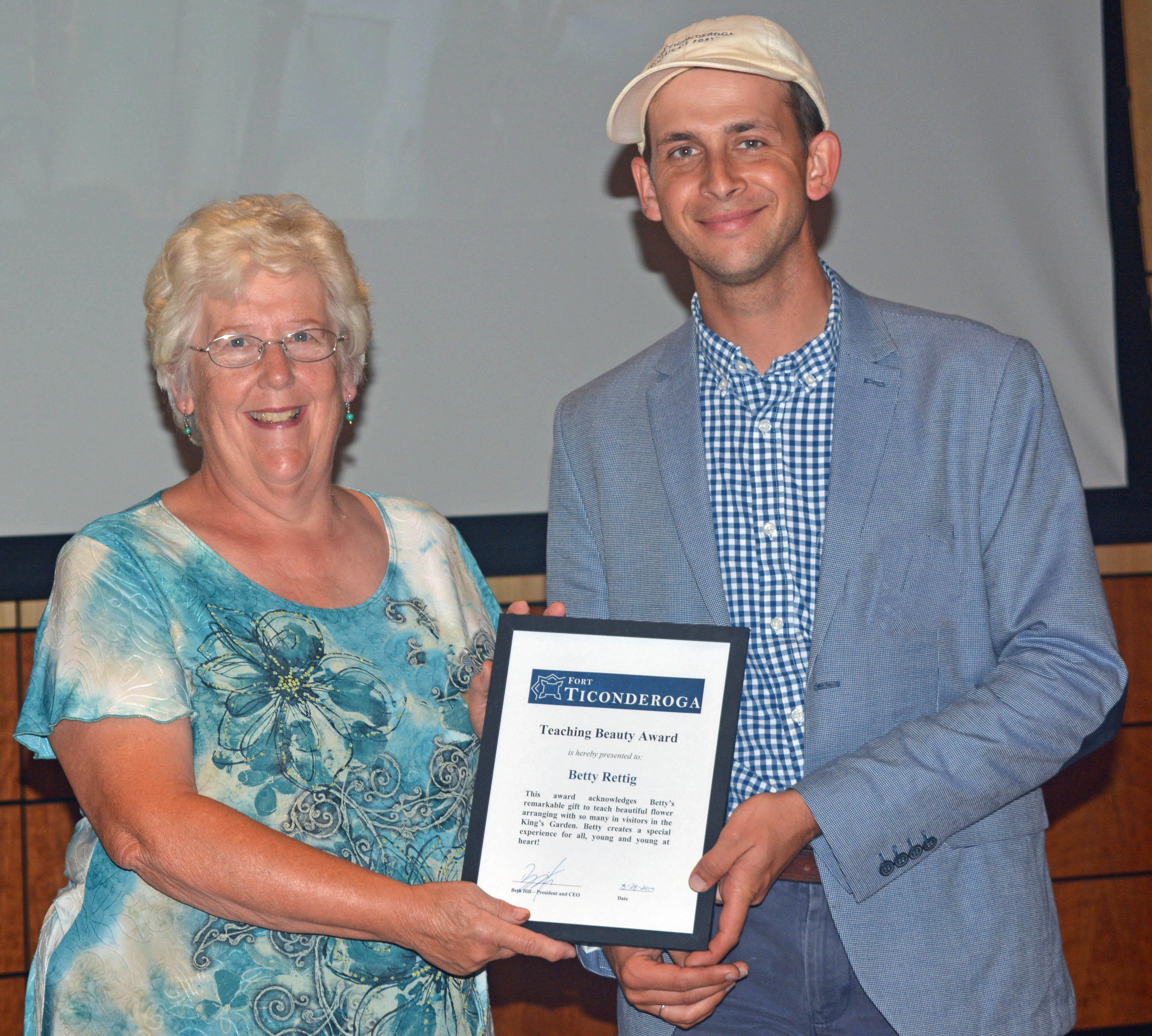 Volunteer award being present to Betty Rettig