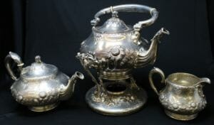 This art nouveau tea service was made by Theodore B. Starr of New York between 1880 and 1900.